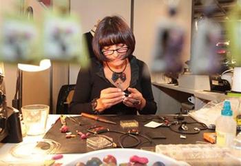 Roxane Rubner - Achat et vente en ligne de bijoux fantaisie originaux en Alsace