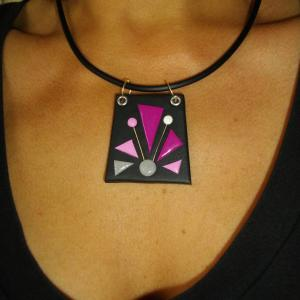 Rendu Porté (trrapèze classique fuchia) - Vente en ligne de bijoux fimo