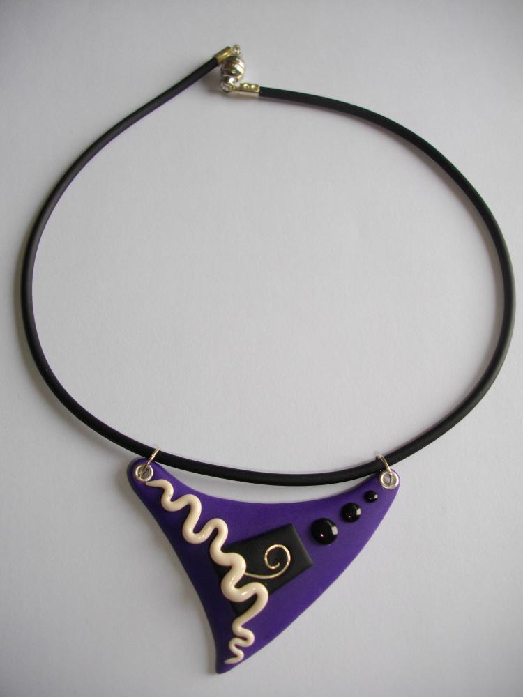Petit triangle mauve serpent vente de bijoux fimo en ligne petits pende - Bijoux canyon vente en ligne ...
