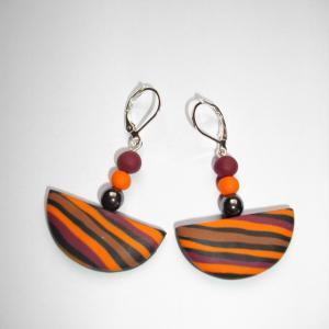 Boucles demi lune (rayé orange , marron et noir) - Vente en ligne de bijoux fimo