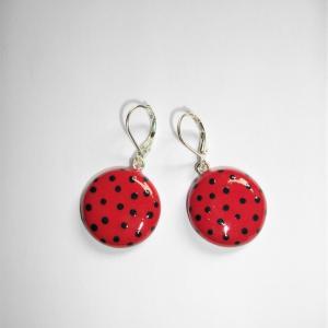 Boucles ronde (rouge à pois noir) - Vente en ligne de bijoux fimo