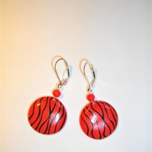 Boucles rondes (fils rouges) - Vente en ligne de bijoux fimo