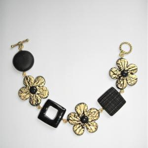Bracelet avec fleurs carrés rond (noir et doré) - Vente en ligne de bijoux fimo