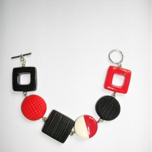 Bracelet avec carrés et ronds (rouge , noir et blanc) - Vente en ligne de bijoux fimo