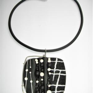 Carré arrondi (contour métal) - Vente en ligne de bijoux fimo