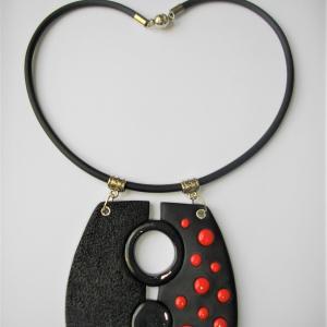 Trapèze arrondi,centre ouvert (pois rouge) - Vente en ligne de bijoux fimo
