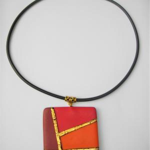 Carré (rouge , orange, bordeaux et or) - Vente en ligne de bijoux fimo