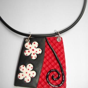 Trapèze (rouge gaufré et noir) - Vente en ligne de bijoux fimo