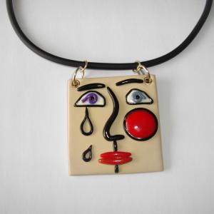 Visage carré larmes ( blanc cassé) - Vente en ligne de bijoux fimo