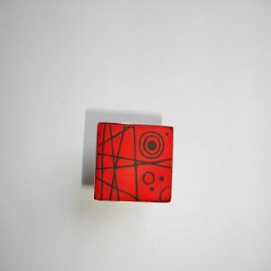 Bague carrée (rouge et noir)1 - Vente en ligne de bijoux fimo